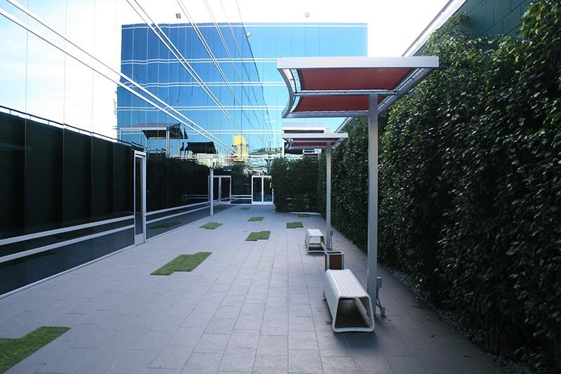 33. Courtyard