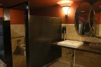 32. Interior
