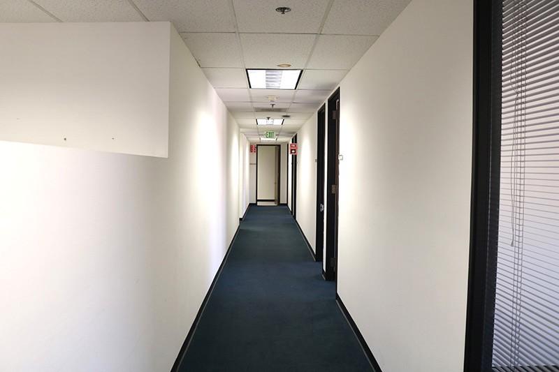 53. Suite 900