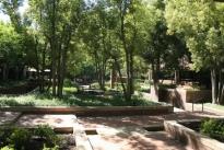 983. Plaza