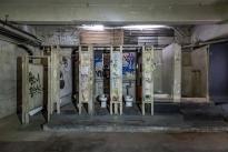 84. Interior