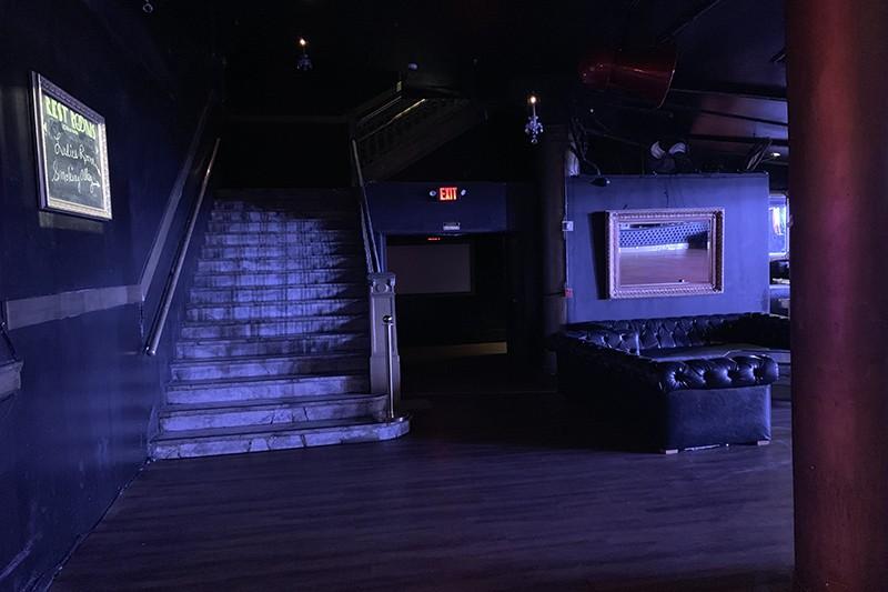 16. Interior