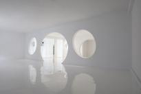 28. Interior