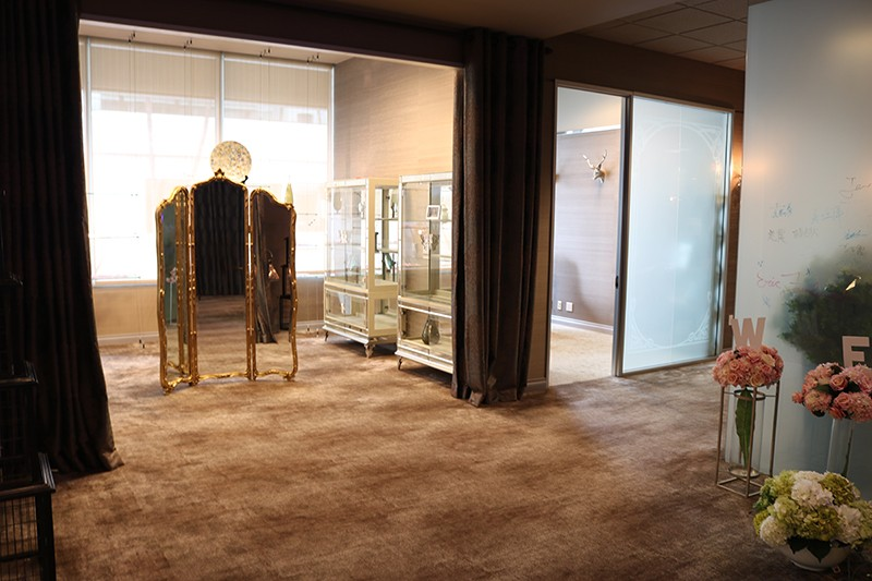 2. Interior Showroom