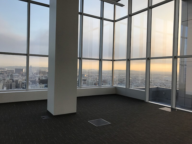 285. Thirtieth Floor North