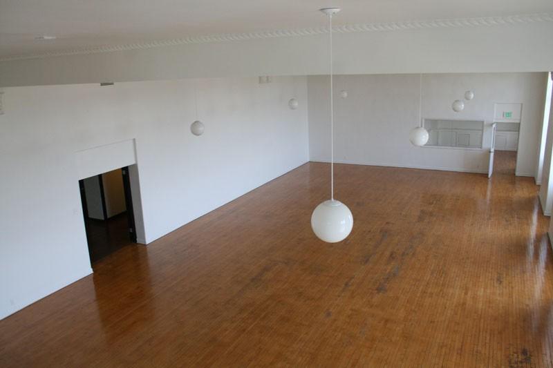 102. Third Floor Mezzanine