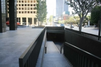 18. Plaza