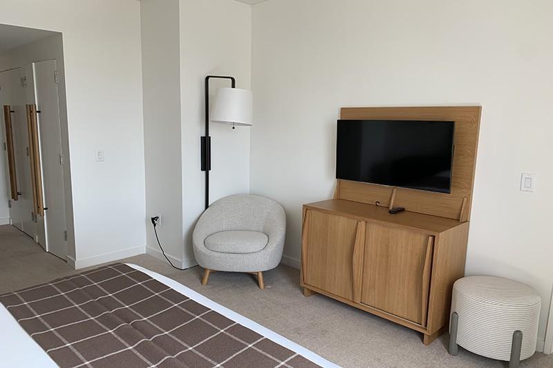 51. Room 1809