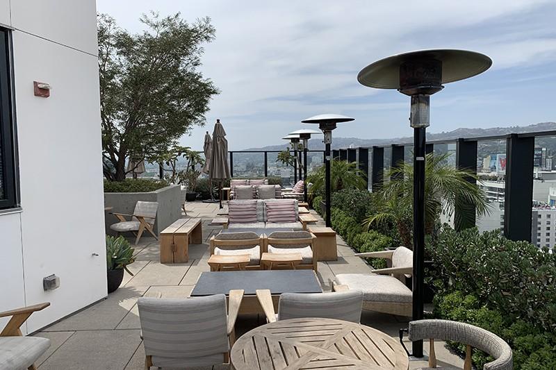 105. Rooftop Pool