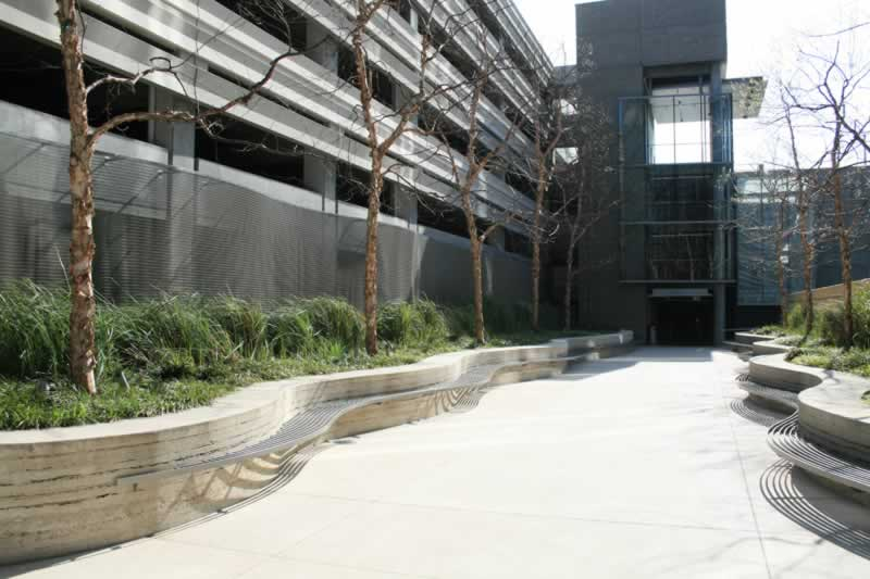 27. Courtyard/Plaza