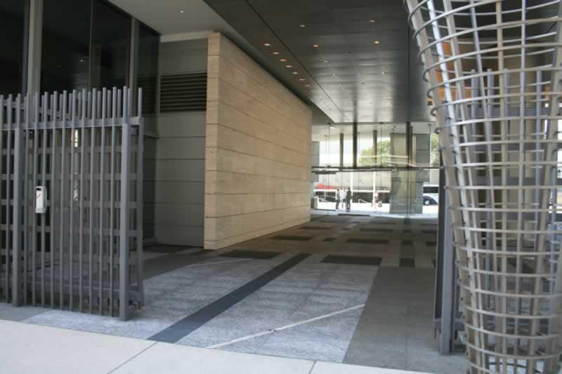 25. Courtyard/Plaza