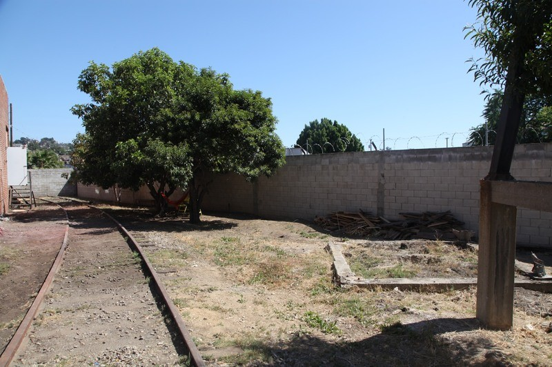 25. W. Rear Yard  & RR Tracks