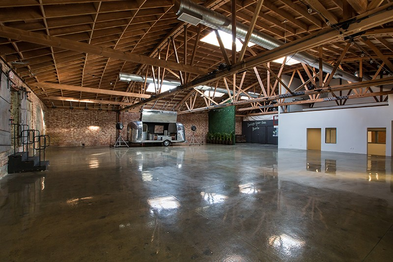 La river studio the location portal - Maison river road studio a ...
