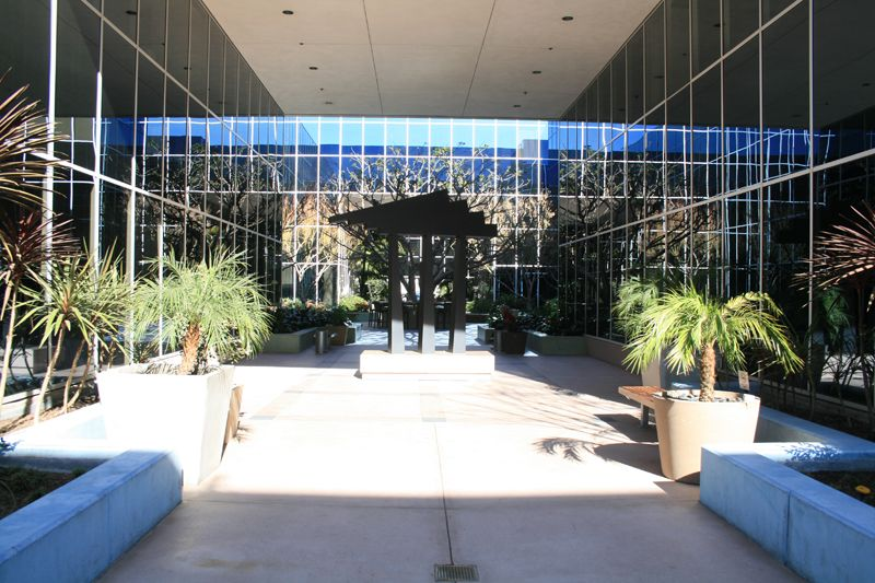 30. Plaza Courtyard