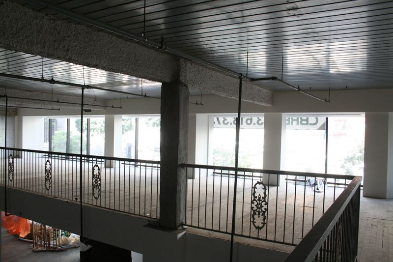 15. Ground Floor Space