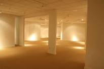 88. Showroom B484