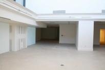 107. Showroom B653