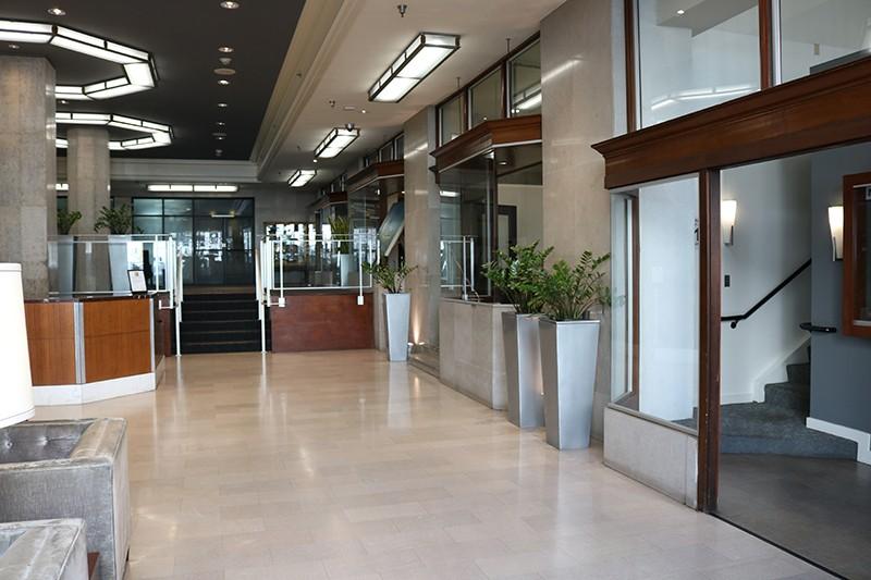 10. Lobby