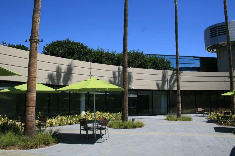 131. Cafeteria Plaza