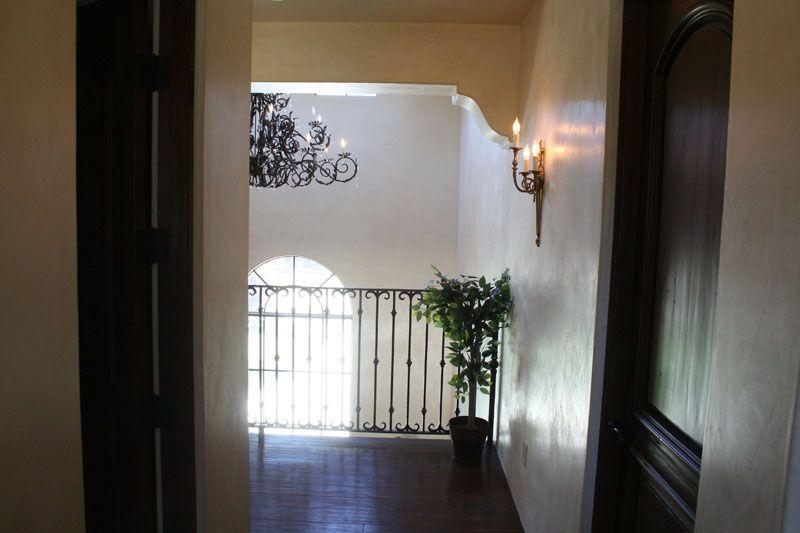 50. Interior