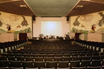 18. Theater