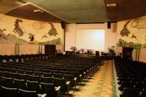 19. Theater