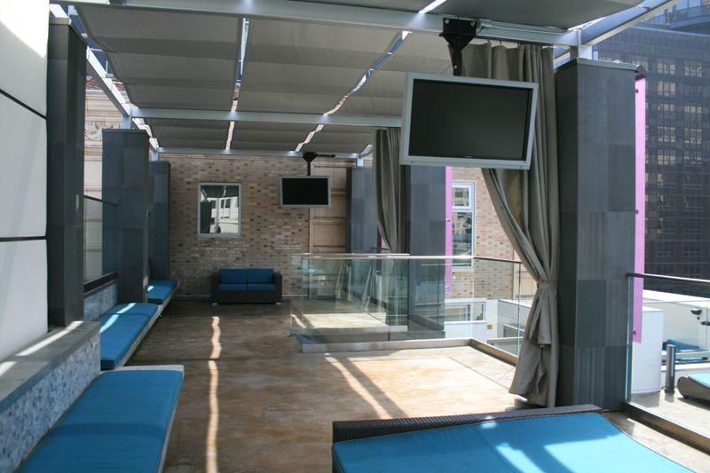 31. Rooftop Pool