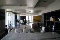 18. Penthouse Lounge