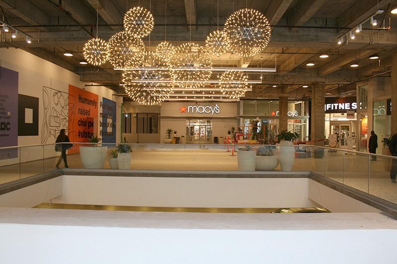 35. Mall