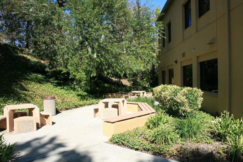 7. Courtyard Plaza