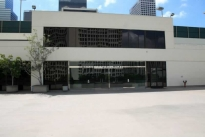 28. Exterior Plaza