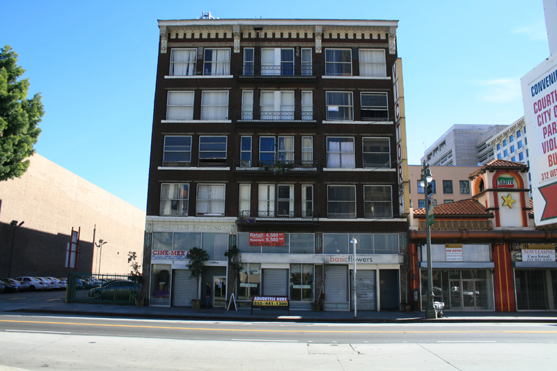 Victor Clothing Building